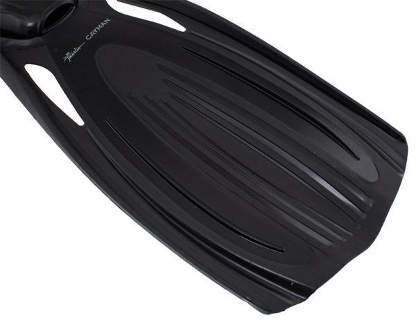 Ласты с закрытой пяткой Marlin Cayman Black